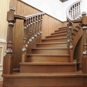 实木整装定制产品-楼梯