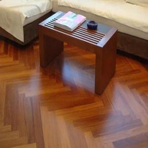 丹麦摩兰地板